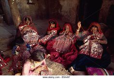 Muslim Jat tribes with gold nose rings famous for embroidery work Kutch district… Bhutan, India Gate, Gold Nose Rings, Tribal Jewelry, Vera Bradley Backpack, Afghanistan, Sri Lanka, Nepal, Muslim