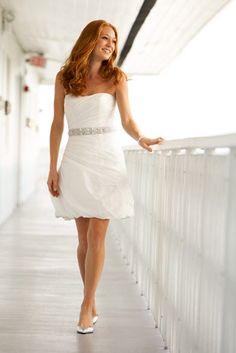 Short White Wedding Dresses perfect for destination wedding or 2nd dress