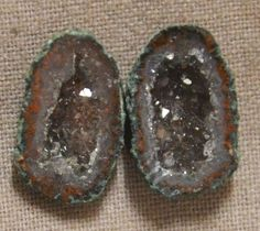 Tabasco Geode 1 Pair Cut and Polished Great for Jewelry 05191