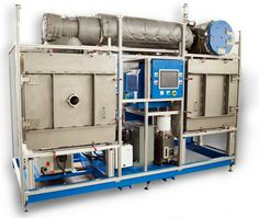 Vacuum system for physical vapor deposition.
