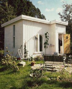 Deco-Swedish, board and batten, white cabin