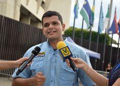 @RodrigoCampospj: Henry Rosales declina su candidatura a la gobernación de Aragua - http://www.notiexpresscolor.com/2017/08/30/rodrigocampospj-henry-rosales-declina-su-candidatura-a-la-gobernacion-de-aragua/