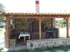 ΑΒ Outdoor Cooking Area, Outdoor Kitchen Patio, Outdoor Kitchen Design, Parrilla Exterior, Outdoor Landscaping, Outdoor Decor, Barbecue Design, Fire Pit Bbq, Pergola