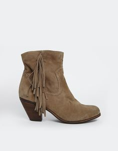 the perfect fall bootie from ASOS