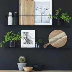 Kitchen Accessories You Didn't Know You Needed - Interior Design Ideas & Home .Kitchen Accessories You Didn't Know You Needed - Interior Design Ideas & Home .Home Wall Ideas Minimalist Furniture, Classic Furniture, Küchen Design, Home Design, Design Ideas, Diy Interior, Interior Design Kitchen, Kitchen Wall Design, Interior Painting