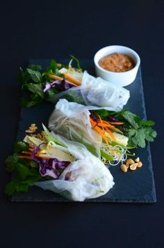 Miss Saigon's Spring Rolls. Raw, vegan & gluten free || deanes-list.com