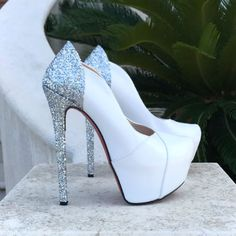 Fashion Shoes Made in Italy Hot High Heels, High Heels Stilettos, High Heel Boots, Womens High Heels, Heeled Boots, Stiletto Heels, Bedroom Heels, Cute Heels, White Shoes