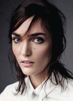 Natural beauty #makeup #vogue #brunette