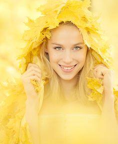 Conceptual portrait of the autumn goddess.