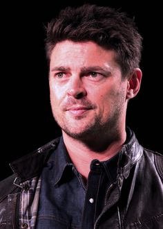 Karl Urban (Star Trek, Lord of the Rings, LOTR, Red) at Emerald City Comicon [photo by Kathy Ann Bugajsky]