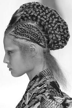 Crazy Hair, Big Hair, Queen Hair, Mc Queen, Atlantis, Dramatic Hair, South African Fashion, B Fashion, About Hair
