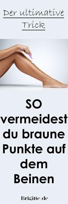 Kennt ihr das Phänomen der braunen Punkte an den Beinen, das uns nach dem Rasieren total nervt? Wir kennen einen Trick dagegen!