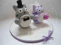Topo de Casamento com o personagem Totoro do studio ghibli, fazemos outros personagens também, fale conosco!