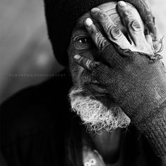 I adore this amazing b and w portrait photography lighting! Black And White Portraits, Black And White Photography, Portrait Photography Lighting, Issues In Society, Poverty And Hunger, Helping The Homeless, Photo Black, Photo Projects, Photography Projects