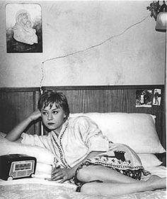 Nights of Cabiria, Federico Fellini Fellini Films, Bed Scene, Essay Competition, History Essay, Sweet Charity, Little Giants, Film Stills, Film Movie, Photography Poses