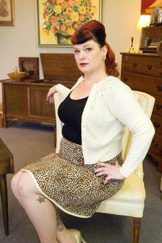 Plus Size Retro Cheetah Skirt