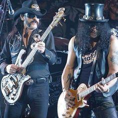 lemmy kilmeister and slash: Motörhead and Guns n Roses Guitar Solo, Cool Guitar, Guns N Roses, Kerry King, Best Guitarist, Metal T Shirts, Rockn Roll, Rock Legends, Music Icon