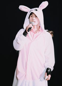 Suho - 160320 Exoplanet - The EXO'luXion [dot]Credit: Kindly. Chanyeol, Kyungsoo, Kpop Exo, Exo K, Exo Ot12, Chanbaek, Kim Joon Myeon, Exo Concert, Exo Luxion