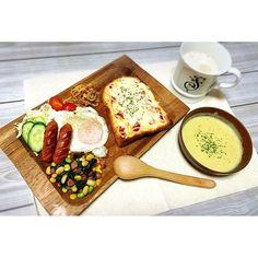 sara_mander残り物と冷蔵庫の食材使いきらなきゃで謎の組み合わせw  ピザトースト大好き♡  #料理#cooking#おうちごはん#ピザトースト