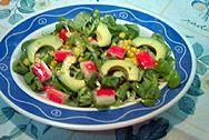 Estamos llegando al verano y cada vez apetecen más los platos fríos y sin complicaciones. Esta ensalada caribeña es muy nutritiva, digestiva y completa. http://www.alotroladodelcristal.com/2014/06/ensalada-caribena-con-salsa-la-mostaza.html
