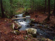 disc golf river hole
