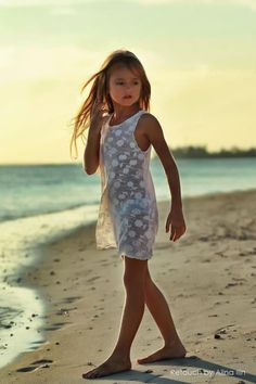 Part of the official English website for Russian child model Kristina Pimenova Run by simpy...