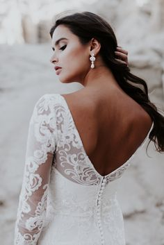 Anna Campbell India Lace Long Sleeve Dress with Low Back and Sparkly Charlotte Chandelier Drop Bridal Earrings| Photography by Emily Magers