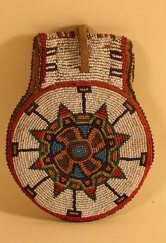 suchasensualdestroyer:    Lakota? (South Dakota?), Round Bag, beads/leather, c. 1890. Back.