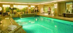 Une des plus chic, hôtel George V - Paris, France