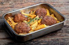 Μπιφτέκια αφράτα με λεμονάτες πατάτες φούρνου-featured_image