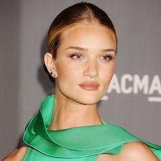 Rosie Huntington Whiteley - Best Celebrity Hair And Make-Up Trends