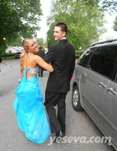 Luxurious Strapless Sweetheart Open Back Prom Dresses with Beaded Bodice.$169.99