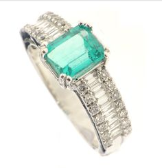 Anello smeraldo e diamanti co baguette