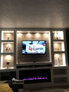 25 Wanddekor-Ideen für stilvolles Interieur – Living room with fireplace – – Anime pictures to hairstyles Living Room Wall Units, Living Room Furniture Layout, Home Living Room, Living Room Designs, Living Room Decor, Home Fireplace, Living Room With Fireplace, Fireplace Remodel, Tv Wall Design