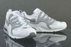 NIKE AIR MAX HUMARA (SNOW COMMANDO)