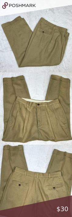 38 X 36 CROFT /& BARROW PLEATED FRONT EASY CARE KHAKIS BEIGE NWT