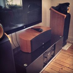 Looking good - what movie would you watch on these? @osbech @bowerswilkins