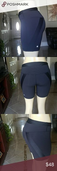 💖 Lululemon fit shorts 💖 Very nice material perfect condition lululemon athletica Shorts