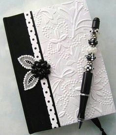 These are such DIY book binding hand covers by which you can keep your books safe and gorgeous looking as well. Stampin Up Karten, Karten Diy, Handmade Journals, Handmade Books, Handmade Ideas, Handmade Rugs, Handmade Crafts, Altered Composition Notebooks, Wedding Cards Handmade