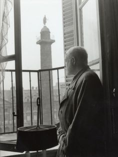 Ernest Hemingway in Paris :: Taken on September 1956 -=- Photograph by Luc Fournol, Fabulous Image of a Fabulous Man Who Shared his Gift with the Whole World Illinois, American Literature, Ernest Hemingway, Vintage Paris, France, Latest Generation, Key West, Famous People, Author