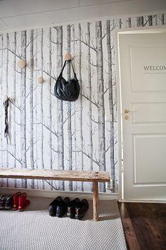 Cole & Son woods wallpaper. Muuto Dots.