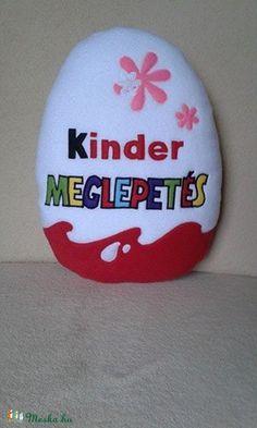 Kinder tojás alakú párna lányoknak (Timike7) - Meska.hu