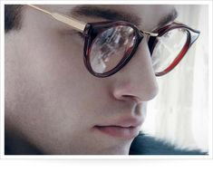 c4bb93b36c56 How To Buy The Perfect Glasses For Your Face Shape