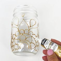 Painting Stained Glass Jars and Vases Painting Stained Glass Jars and Vases Glass Painting Patterns, Painting Glass Jars, Painted Glass Bottles, Glass Painting Designs, Painted Wine Glasses, Bottle Painting, Diy Painting, Glass Art, Painted Jars