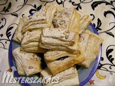 Hájas tészta recept Hungarian Recipes, Dough Recipe, Bread, Food, Self, Meal, Brot, Eten, Breads