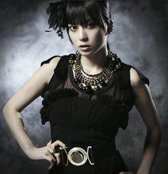 """柴咲コウ の写真 — Promo for 柴咲コウ's album """"Love Paranoia""""!"""