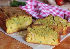 Plumcake salato con pesto zucchine e speck con ricotta, morbido gustoso e saporito, facile da fare, si impasta con un cucchiaio, ottimo anche per picnic