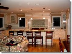 The prepared experts can comprehend your prerequisites & conditons  and match them into a keen kitchen outline. http://www.primoremodeling.com