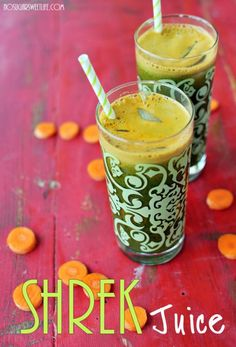 Shrek Juice - packed with green veggies like spinach & kale, but sweet to the lips.