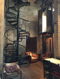 Metal Building Homes Interior Ideas - fancydecors Die Wendeltreppe.sprachlos Metal Building Homes Interior Ideas - fancydecors Die Wendeltreppe. Loft Industrial, Industrial Interior Design, Vintage Industrial Decor, Industrial Living, Industrial Interiors, Home Interior Design, Exterior Design, Interior Ideas, White Industrial